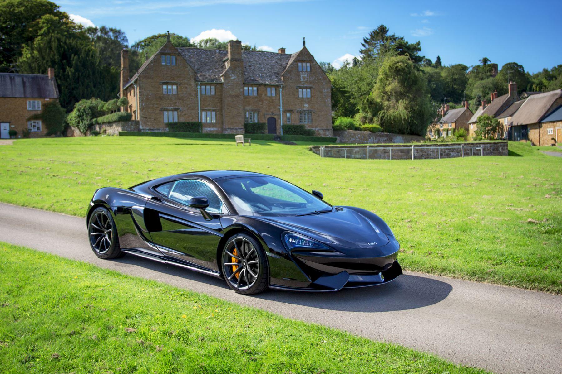McLaren 570GT 570GT  image 17